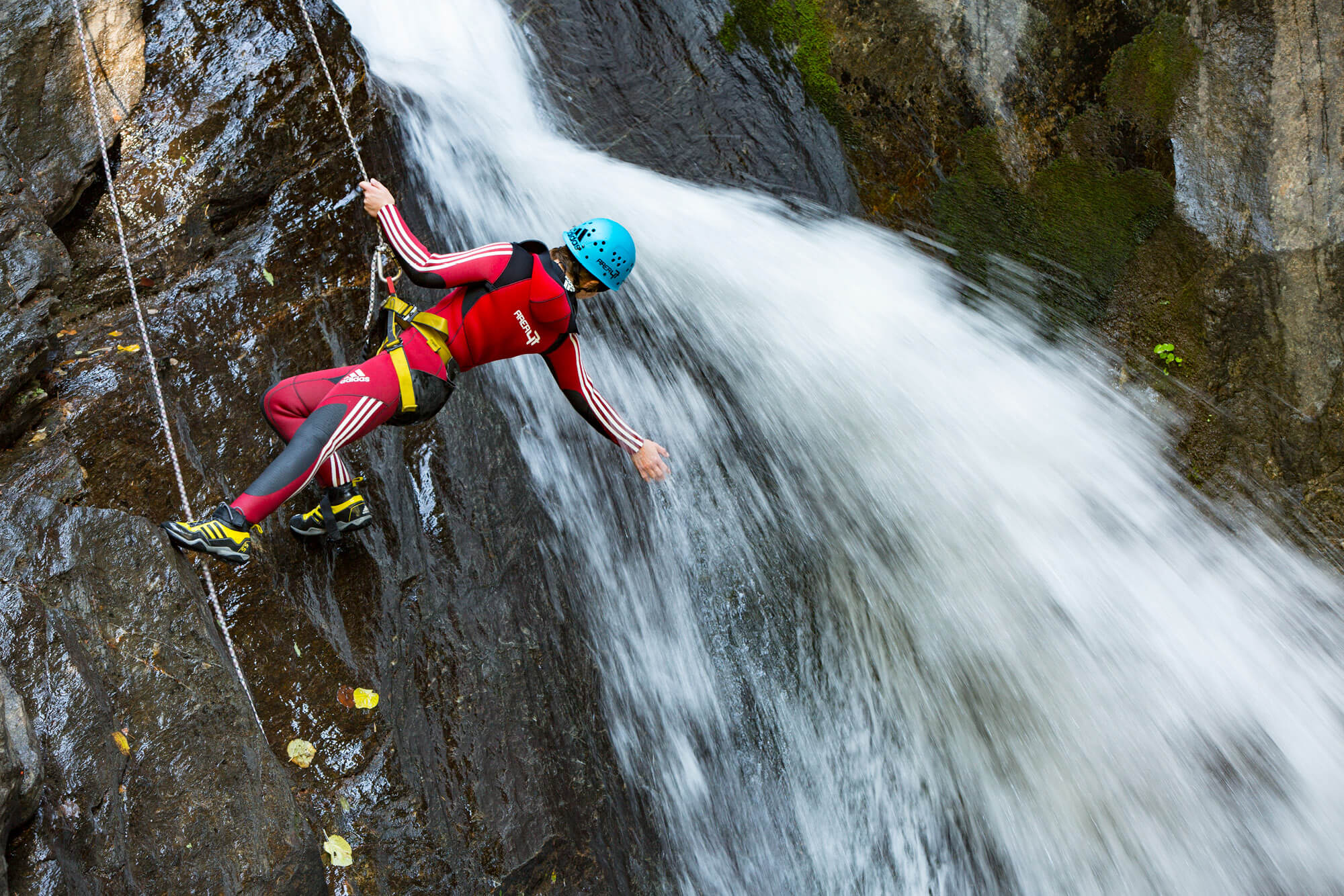 Canyoning-adventureclub-outdoor-activities